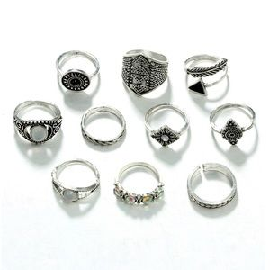 Jewelry - BRAND NEW!! Statement rings set!